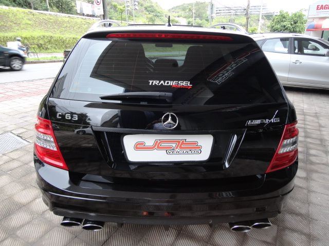 W204 C63 AMG Touring 2009 - R$ 170.000,00 A1493562